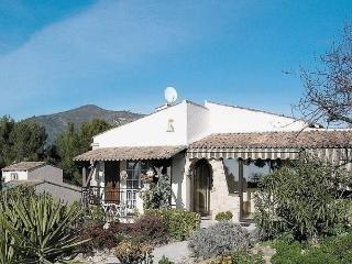 2 bedroom House with Internet Access in La Trinite - La Trinite vacation rentals