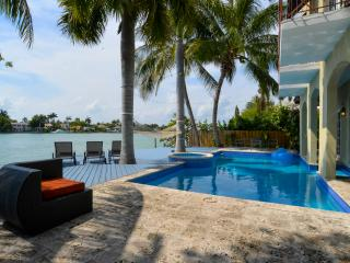 Beautiful waterfront Home on the Islands - Coconut Grove vacation rentals