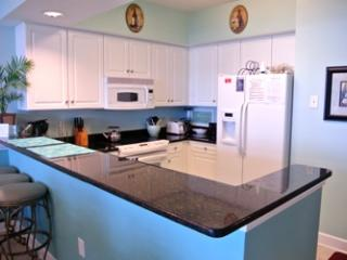 OCEANFRONT LUXURY 3 BDM  - CRESCENT KEYES PH 16 - North Myrtle Beach vacation rentals