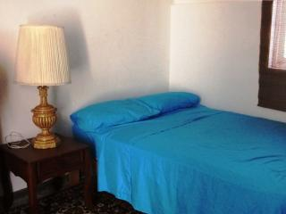 Room in great neighborhood Private Entrance - Lima vacation rentals