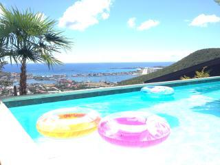 Where Carribean dreams come true - Cole Bay vacation rentals