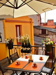 Cozy House with Short Breaks Allowed and Long Term Rentals Allowed in Bosa - Bosa vacation rentals