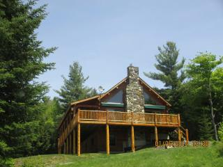 NEW LISTING! LOG CABIN ON 14  ACRES/MTN VIEWS - Franconia vacation rentals