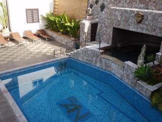 Taormina-Alcantara Valley-Apartment in Villa - Graniti vacation rentals