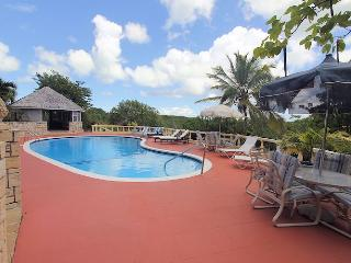 Beautiful House with Deck and Shared Outdoor Pool - East Coast vacation rentals