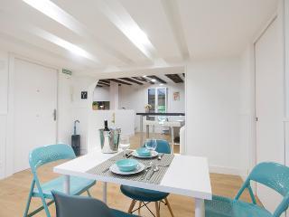 1 bedroom Apartment with Internet Access in San Sebastian - San Sebastian vacation rentals