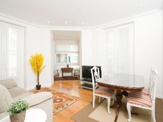 3 bedroom Apartment with Internet Access in San Sebastian - Donostia - San Sebastian - Donostia vacation rentals