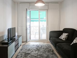 Bright Condo with Internet Access and Kettle - Zubiri vacation rentals