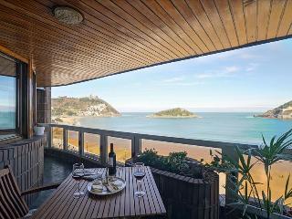 ISLA APARTMENT - San Sebastian vacation rentals