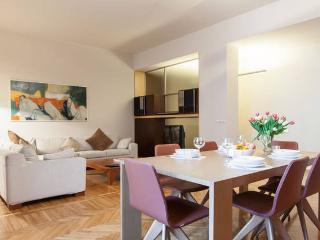 Designer luxury 3BD steps to Duomo - Milan vacation rentals