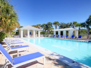 Luxury Home Overlooks Golf & Pool,Easy Beach Acess - Gasque vacation rentals
