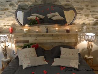 Chambre d'hôtes de Charme L'Antre Parenthèse - Saint-Ambroix vacation rentals