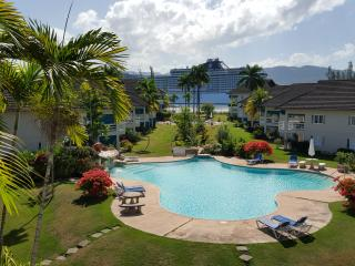 Caribbean Sea Dreams, 2 bdroom walk to beach - Montego Bay vacation rentals