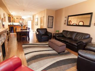 Comfortable Townhouse with Internet Access and Dishwasher - Osoyoos vacation rentals