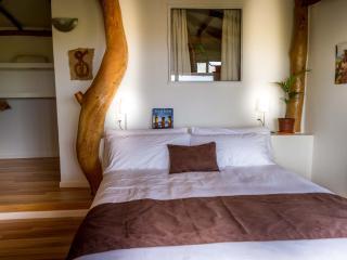 """Kona Koa Lodge Bungalow """"Premium"""" - Hanga Roa vacation rentals"""