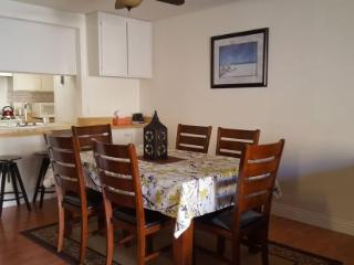 (#225) 1.5 Blocks from Sand, 4 Bedroom 2.5 Bath - Huntington Beach vacation rentals