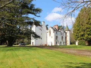153B-Highland Castle + Cottage - Inverness vacation rentals