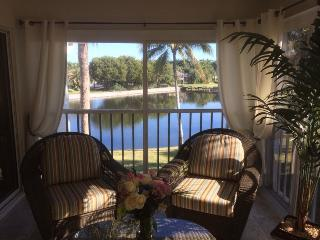 Beautiful Lake & Golf Course Views near beaches - Fort Myers vacation rentals