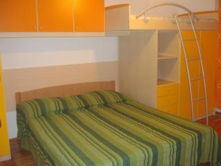 TH01305 Apartments Marko / Two Bedrooms STAN - Seline vacation rentals