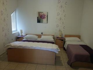 TH01305 Apartments Marko / Studio Mali Stari - Seline vacation rentals