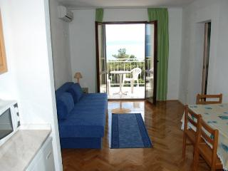 TH03518 Apartments Tonka / One bedroom A5 - Lokva Rogoznica vacation rentals