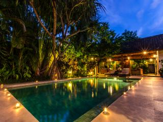 Spacious Balinese Home in Seminyak Eat-Street - Seminyak vacation rentals