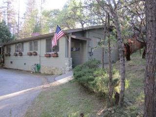 Bass Lake/Yosemite Area Rental Cabin - Yosemite National Park vacation rentals
