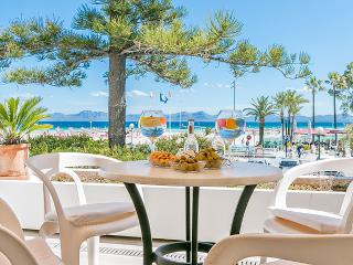 Apartment for 5 persons seafront in the Alcudia Bay - HM010CBL2 - Alcudia vacation rentals