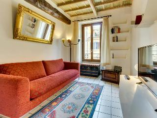 Rome is at your doorstep -  walk to Colosseum, Forum & more! - Rome vacation rentals