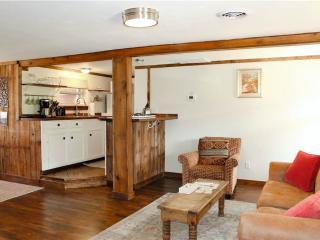 Comfortable 1 bedroom Cabin in La Sal with Deck - La Sal vacation rentals