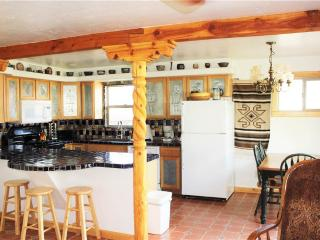 3 bedroom Cabin with Fireplace in La Sal - La Sal vacation rentals