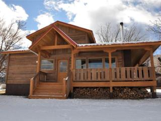 3 bedroom Cabin with Deck in Moab - Moab vacation rentals