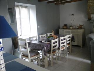 Bright 3 bedroom Vacation Rental in Courtils - Courtils vacation rentals