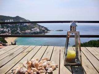 Cala Costa Brava in Canyelles Petites - Roses Ap 3 - Roses vacation rentals