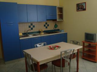 Bright 6 bedroom Condo in Guardavalle - Guardavalle vacation rentals