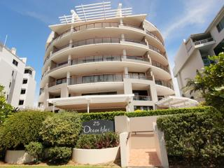 2 bedroom Condo with Short Breaks Allowed in Maroochydore - Maroochydore vacation rentals