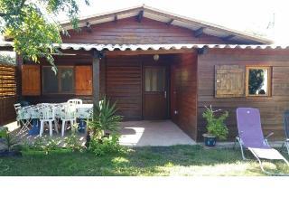 CHALET- 500m DE LA MER - 2 CHB - JARDIN CLOS PRIVE - Lucciana vacation rentals