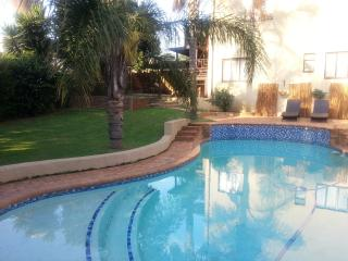 Lovely 1 bedroom Condo in Pretoria - Pretoria vacation rentals