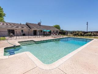 POOL, Views, Privacy - Brand New and Waiting for You! - World vacation rentals