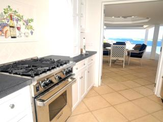 2 bedroom Villa with Internet Access in Marigot - Marigot vacation rentals