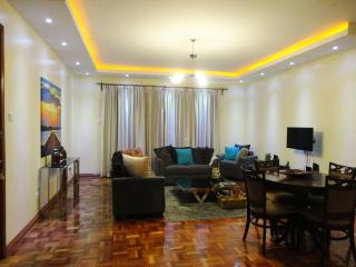 Yaya Brookes Executive Furnished Apartment - Diana - Nairobi vacation rentals