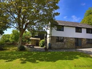 BISHOPS TAWTON THE COACH HOUSE | 5 Bedrooms - Bishop's Tawton vacation rentals