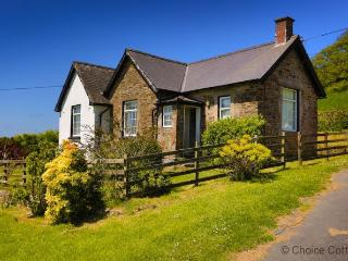 BISHOPS TAWTON THE LODGE | 2 Bedrooms - Bishop's Tawton vacation rentals