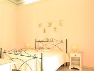 B&B Del Corso downton Castellammare city center - Scopello vacation rentals