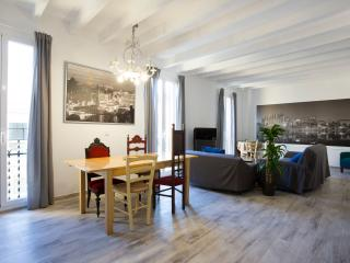 Nice Condo with Game Room and Television - Palma de Mallorca vacation rentals