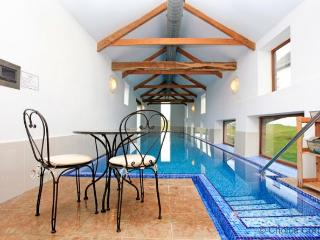 WOOLACOMBE HIGH VIEW FARMHOUSE | 6 Bedrooms - Woolacombe vacation rentals