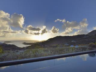 Bright 3 bedroom Villa in Marigot - Marigot vacation rentals