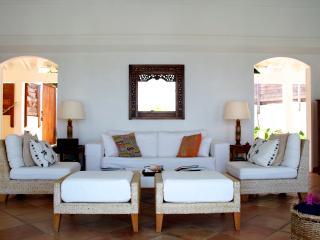 Cozy 2 bedroom Villa in Flamands with Internet Access - Flamands vacation rentals