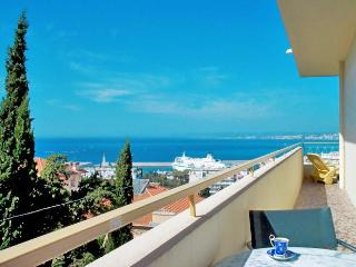 Le Panoramic, Nice - great view, balcony, garage - Nice vacation rentals