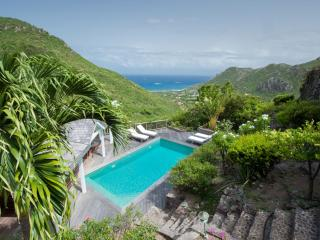 Comfortable Villa with Internet Access and Water Views - Vitet vacation rentals